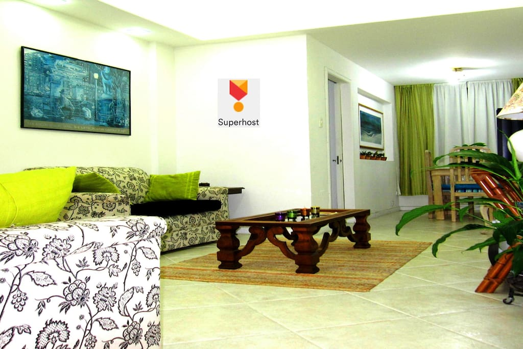 APARTMENT BETWEEN IPANEMA, ARPOADOR & COPACABANA BEACHES