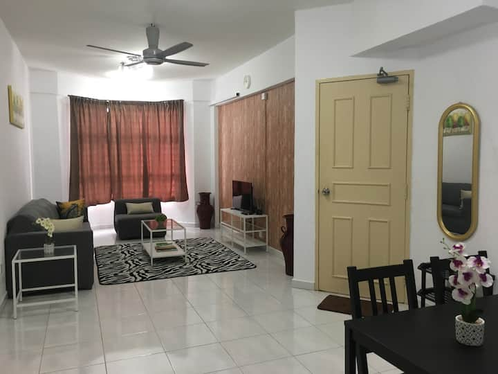 Simple White @ Vista Seri Alam, Pasir Gudang Johor