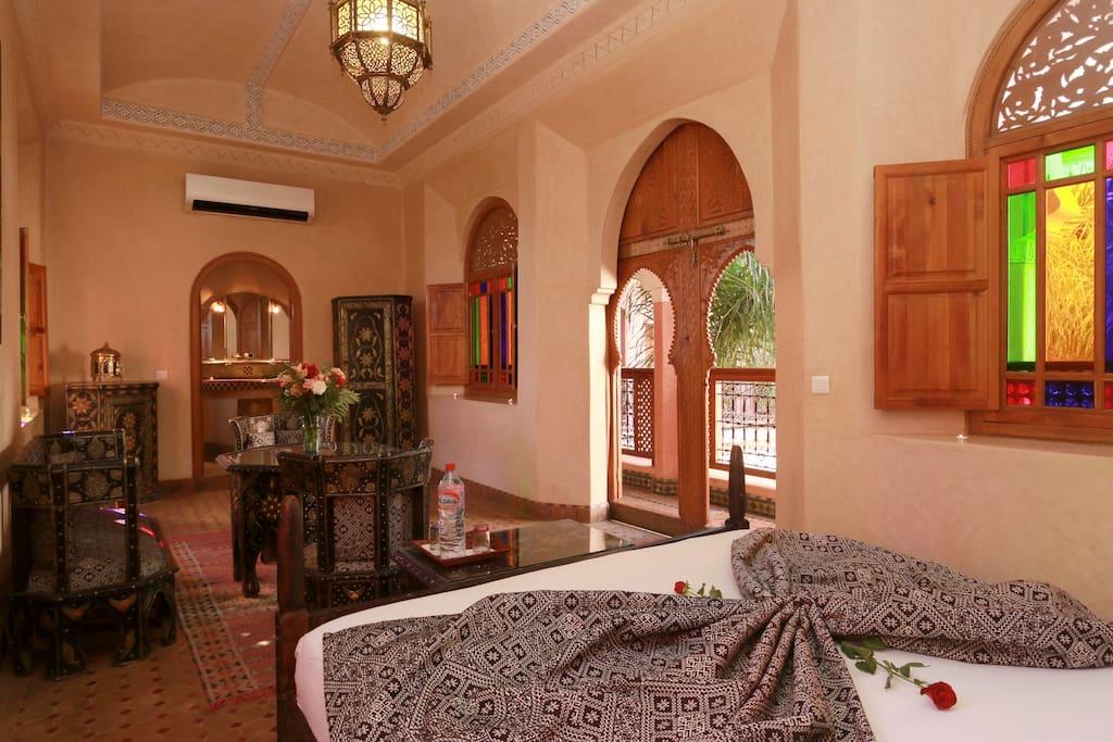 Riad m dina calme piscine et spa marrakech chambres for Riad piscine privee marrakech