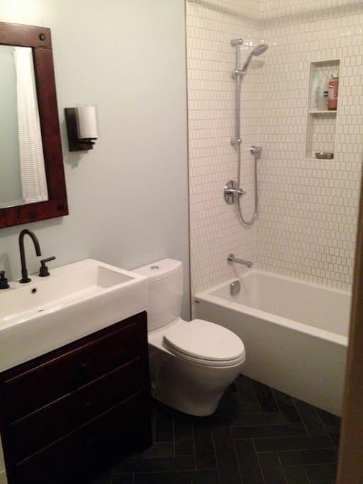 Deep soaker tub and a towel warmer!