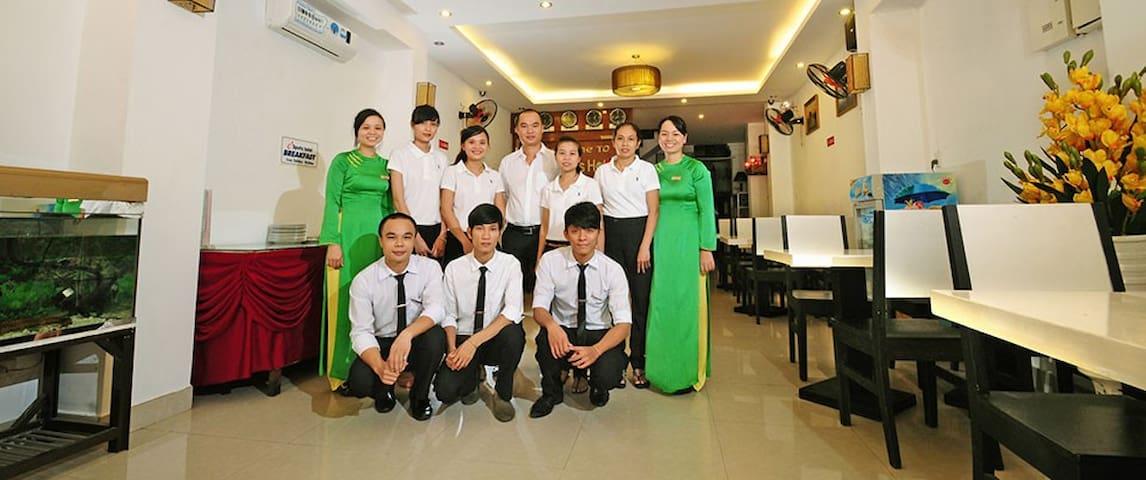 Hue Sport Staff