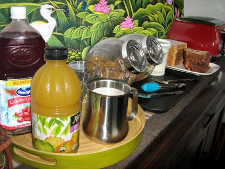 Continental choices include juices, cereals, yoghurt, fresh fruit, toast and spreads