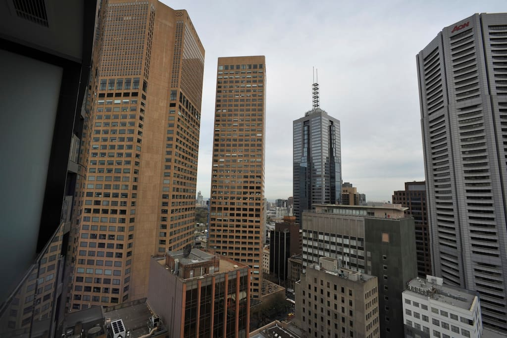 View from Melbourne Apartments CBD