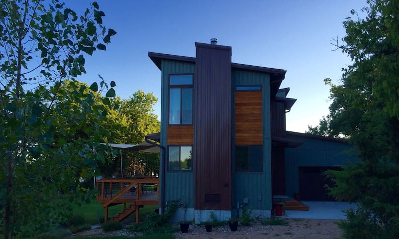 Modern Secluded Platte Acreage