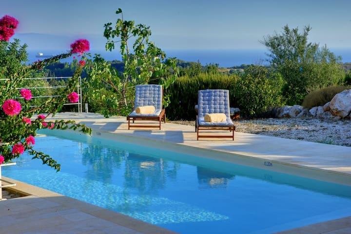 Ideales Resort Villa Litorina - Moussata - Casa