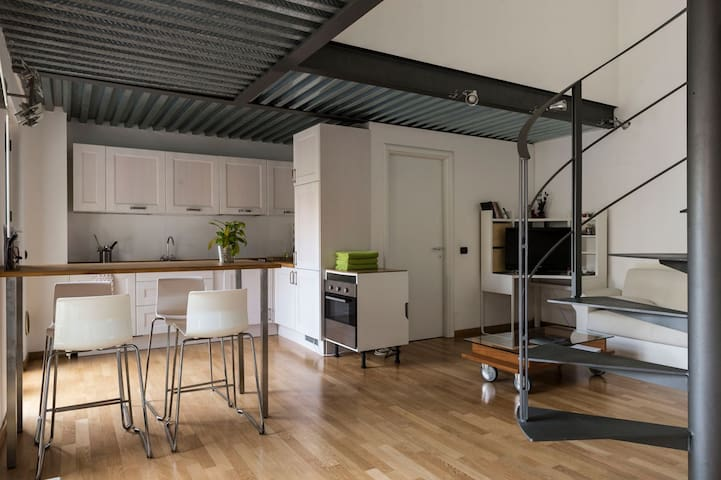 New Loft for 3 people - metro 300mt