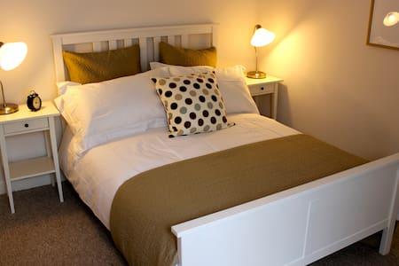 Magdalen House - 2 Bedroom