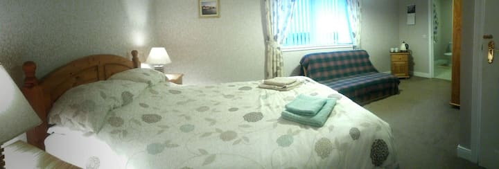 Gruinart, ensuite & Double bedrooms (Room only)