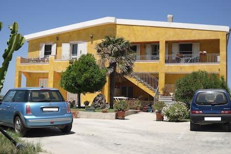 Sun and beach holiday in Sardinia - La Muddizza