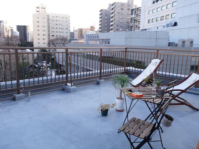 Sakura Meguro river, big balcony Japanese style! - Meguro-ku - Huoneisto