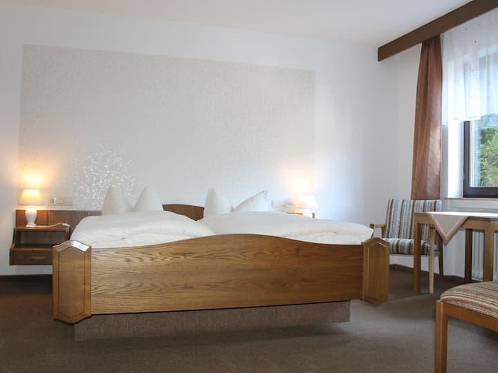 Pension Schwarzwaldblick, (Hornberg), Doppelzimmer mit Dusche/WC