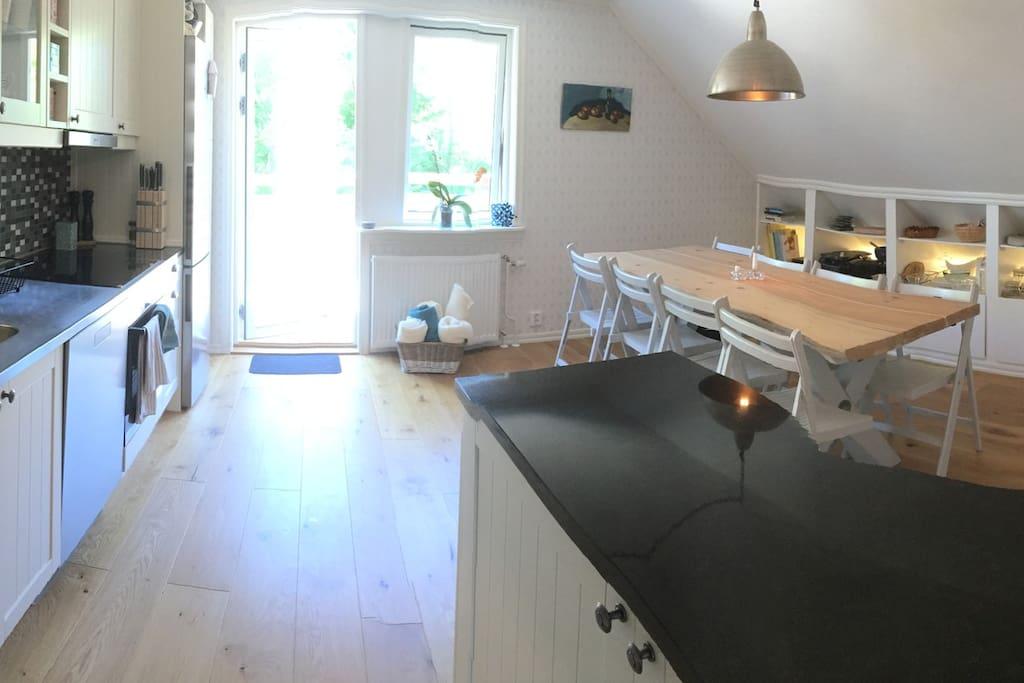 Kök med plats för 8 personer