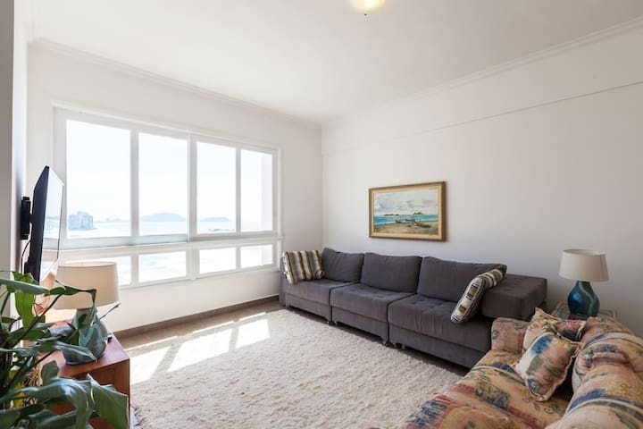 OVER THE SEA - THE BEST APARTMENT IN GUARUJÁ