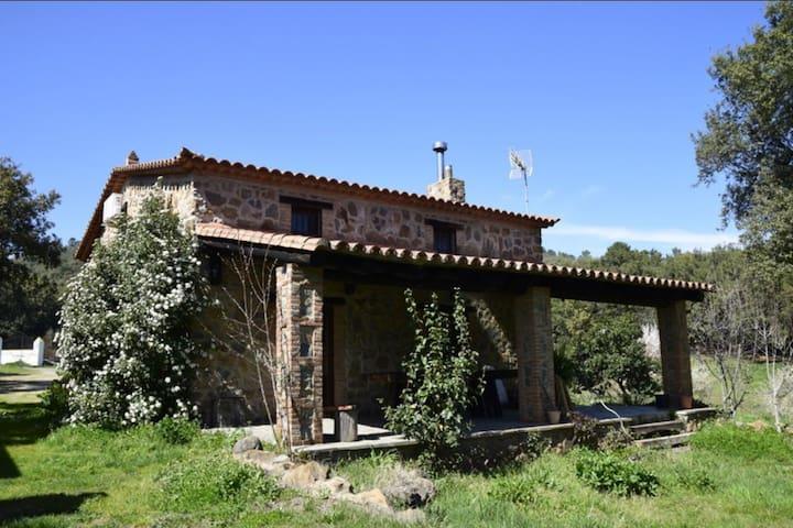 Casa Entrecaminos