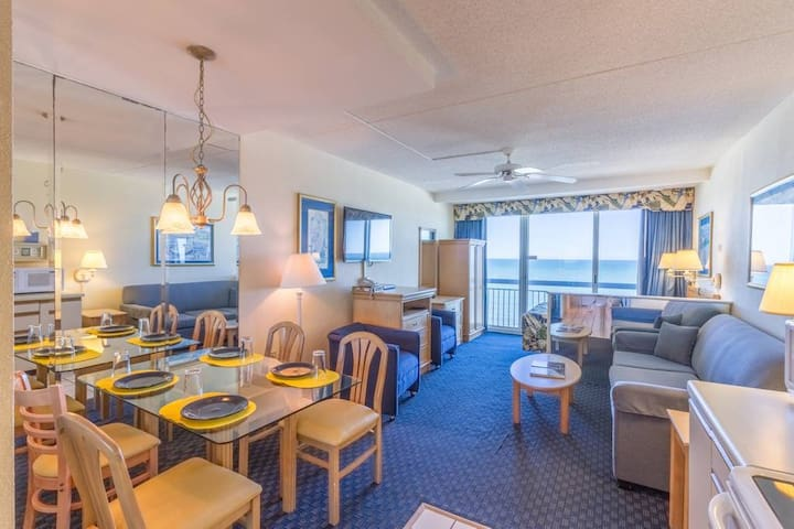 Oceanfront Studio - Right on the Boardwalk