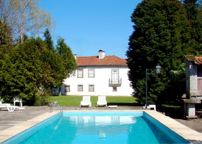 Manor House, 15 pax,  pool, snooker - Medelo - Fafe - House