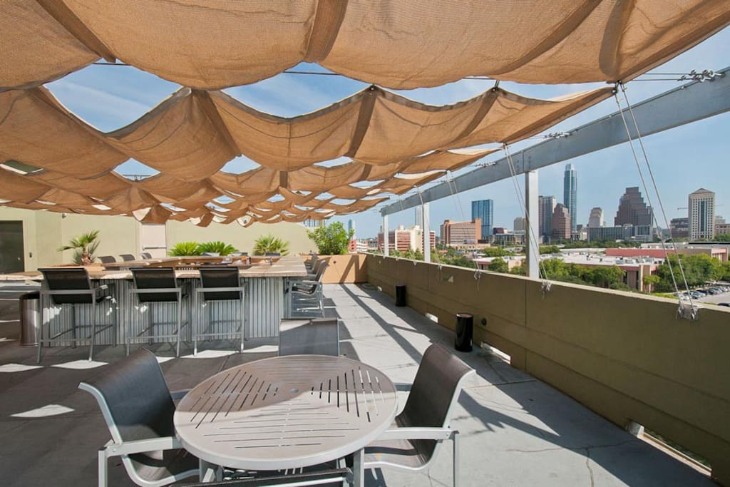 Incredible rooftop with downtown views!