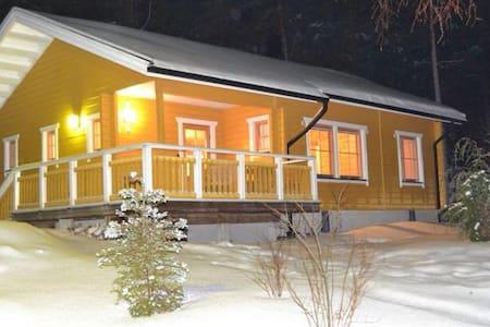 Уютный домик в сердце финских лесов - House