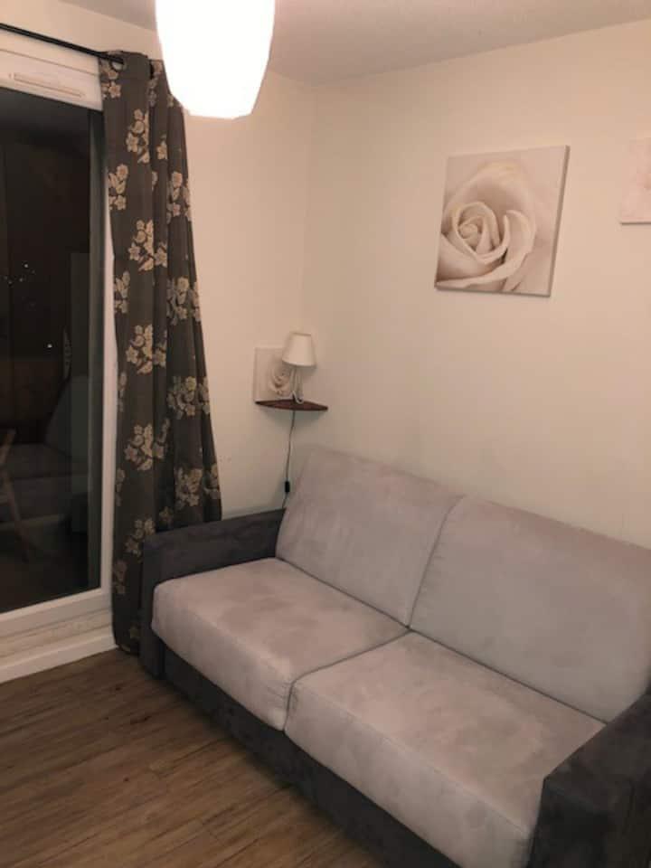 Seignus 20m2 appartement calme et charmant