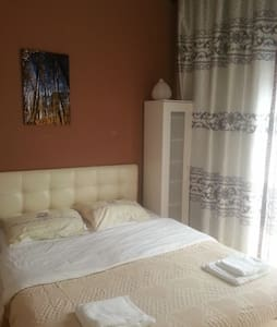 Cosy room, in city Ghent! - Ghent