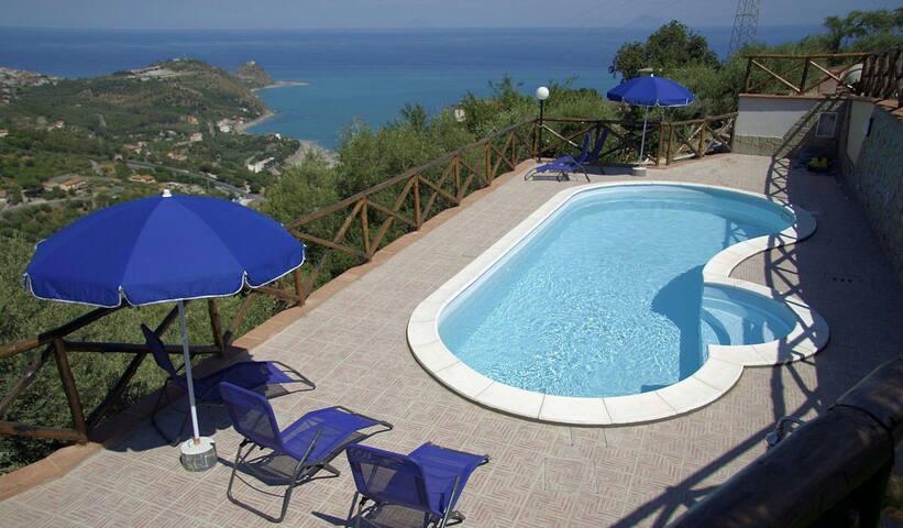 Villa Brezza Marina - Sicilia - Capo d'Orlando  - วิลล่า