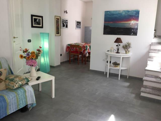 appartamento in zona pedonale - Calasetta - Apartment