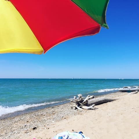 Bayfield Beachfront -Sexton Suite - Bluewater