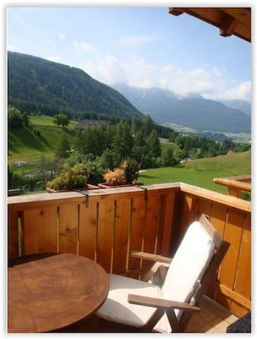 Accogliente mansarda in Alto Adige - Rasun di Sopra - Apartment