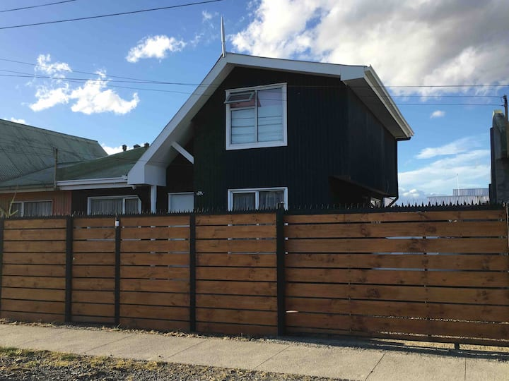 Natales House - Rent per day in Natales