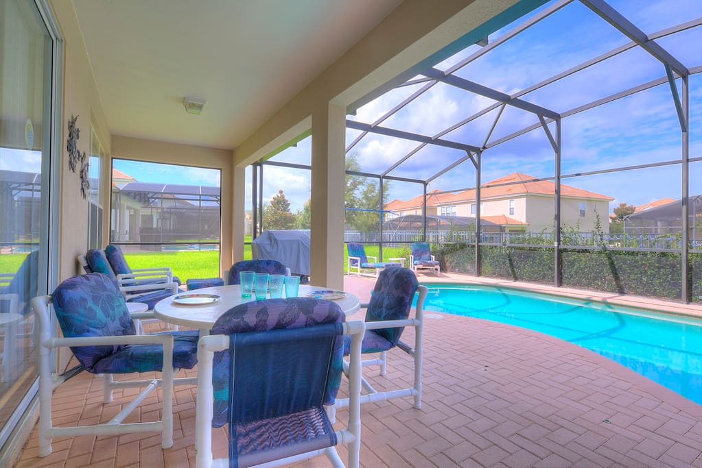 Covered lanai with pool/spa