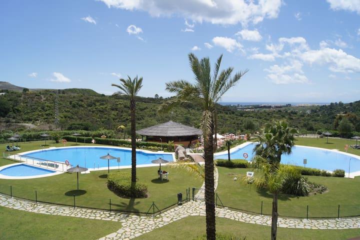 Luxury Apartment in Unique Country club Resort - Estepona - Apartment