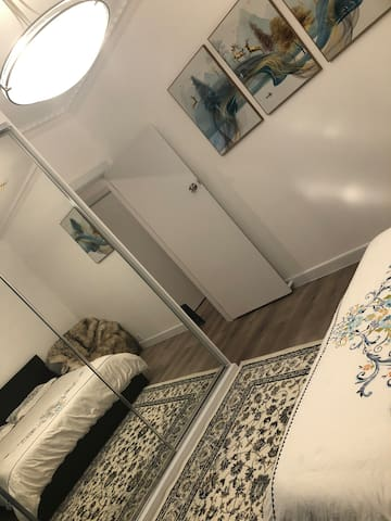 Beautiful room close to train station