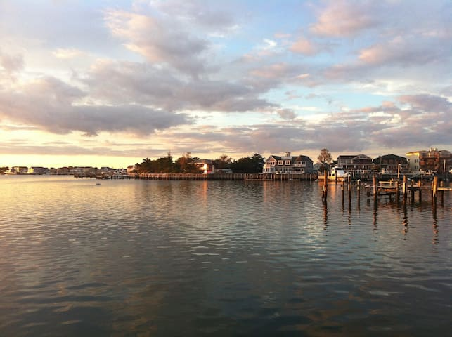 PERFECT SHORE HOUSE W/BAY VIEW - Brigantine - Hus