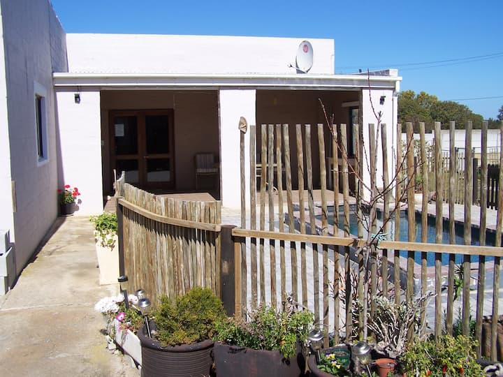 Blossom Tree, separate self catering, Fisherhaven