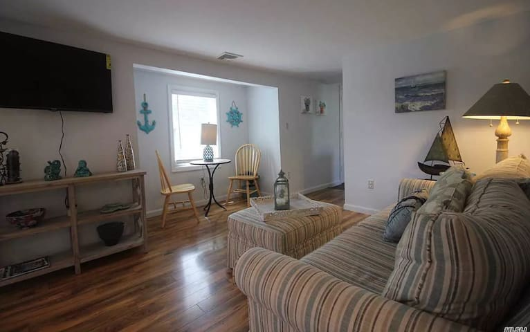 Charming Home in the heart of Greenport Village!