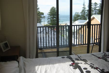 Rooms with a view Austinmer beach - Austinmer - Bed & Breakfast