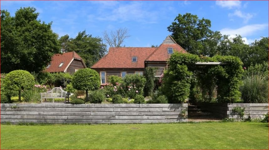 Large Country House for 21 people - Flimwell - Dom