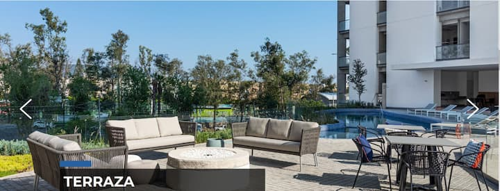 Best view-pool Classiqa Tower P.R.