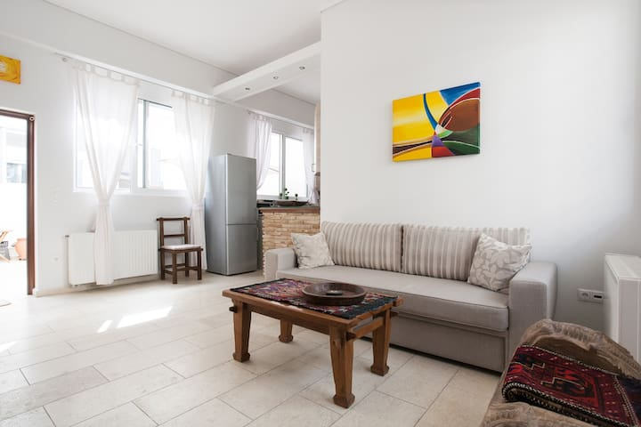 Townhouse in the Historical Centre of Athens - Aten - Hus