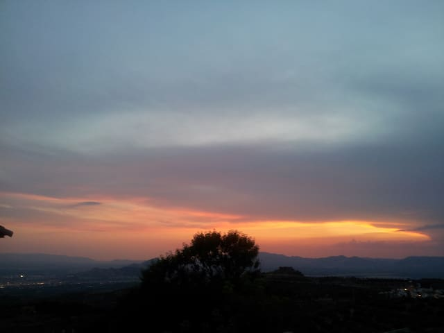 puesta de sol - Nívar - Huis