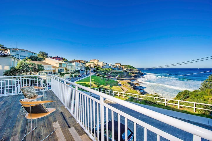 Absolute Beachfront 3BD Panorama - Tamarama - Appartement