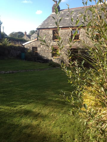 LOVELY COTTAGE NR PADSTOW CORNWALL - St Columb - Kabin