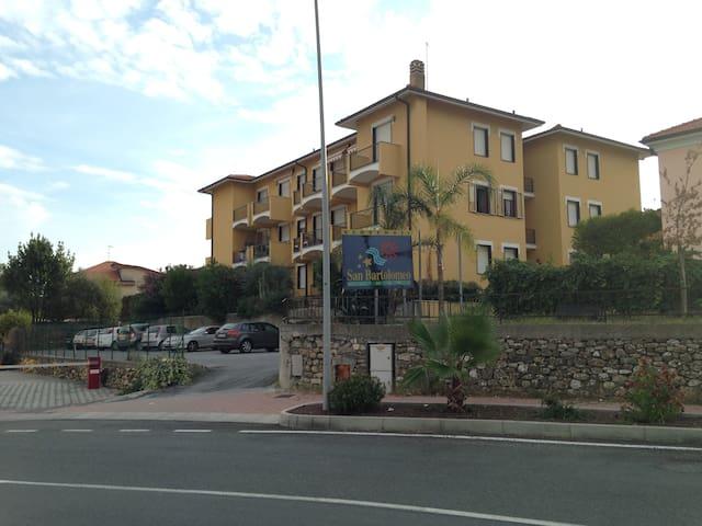 Bel appartement à 800 m de la mer - San Bartolomeo Al Mare