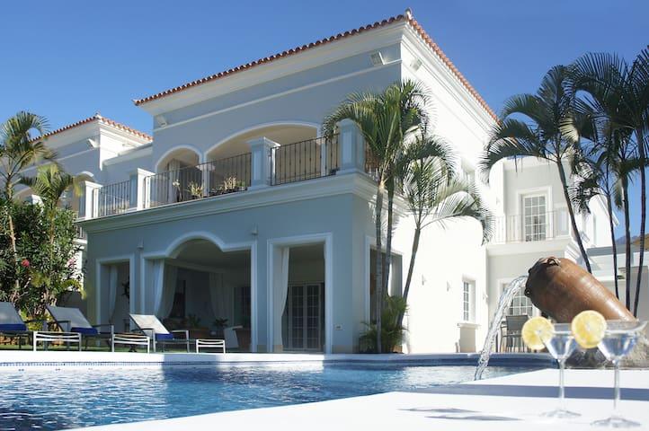 Villa Esplendida R