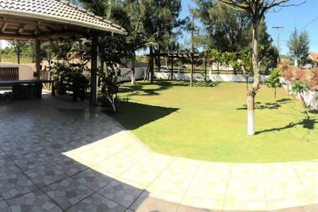 Casa na Praia - Paiquerê (Morro dos Conventos)
