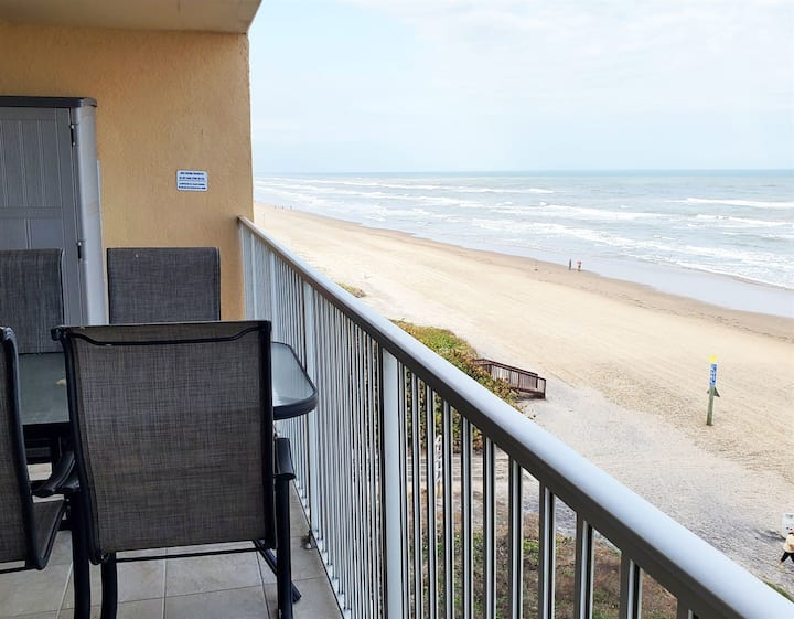 Inverness 502 - Awesome 2 Bedroom Condo, Beach Front