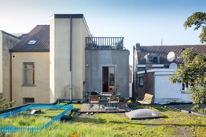 Spacious apartment with roofterrace - Gent - Daire