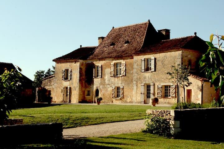 """Maison de Maître """"Les Cieux de Saint-Félix"""