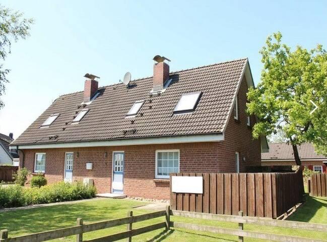 Renoviertes Haus mit Garten fußläufig  zum Meer - Friedrichskoog - Casa