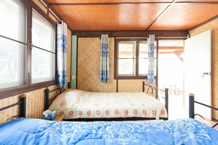 "Standard Twin room "" The Barn"" - Chiang Mai / Doi saket - Bed & Breakfast"